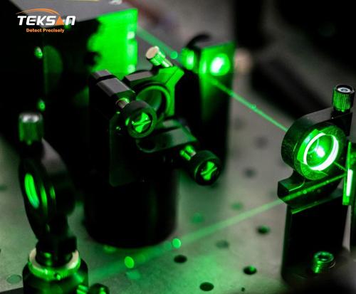 طیف سنجی رامان در عصر ماده و فوتونیک